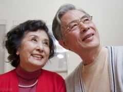 黃昏戀為什麼不能長久,這2個阿姨說得深入人心