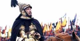 皇帝退朝後堅持讓臣子先走,只為守住一秘密,萬般小心卻仍被發現