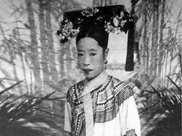 14歲入宮15歲生子,皇帝比她大30歲,不是皇后卻掌六宮大權