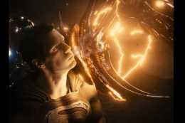 超人才是真正的哥哥,其他英雄只能打小兵嗎?