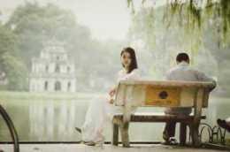 彼此深愛的人緣盡,是有徵兆的,以下三個變化別不當回事