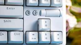 黑爵K870T藍芽無線雙模機械鍵盤體驗:支援熱插拔、凱華軸座