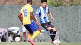 1-0!17歲國少留洋前鋒攻入制勝球,曾對陣韓國隊獨進三球