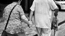 人到老年就算被所有人反對,也要結束不幸福的婚姻,為自己而活